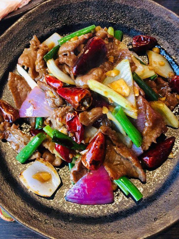 新竹竹北美食。哈爾濱的妍妍(已歇業)。東北酸菜白肉鍋篇。父親節特餐 【Miss 飛妮】 @Miss 飛妮