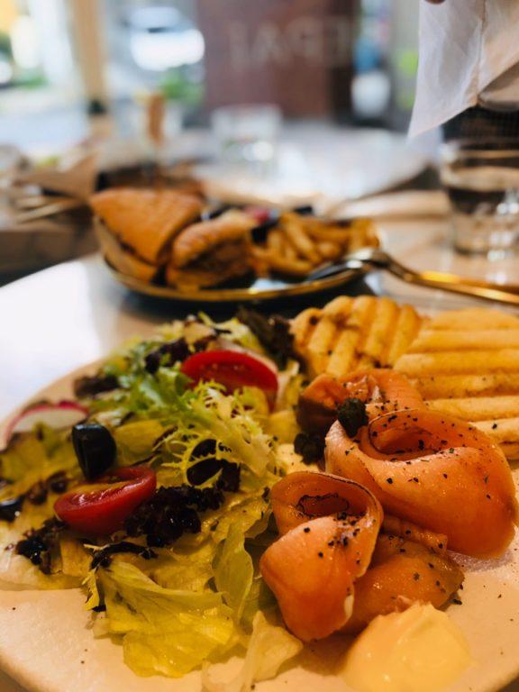 桃園美食。Piepai Cafe桃園店。魅力無法擋的甜點店[Miss 飛妮] @Miss 飛妮