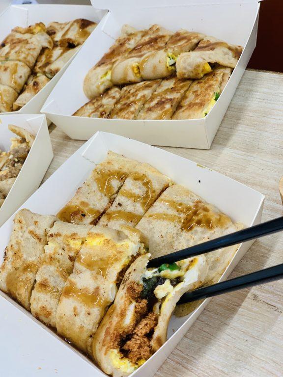 新竹竹東美食。親食日嚐-手作麵糊蛋餅專賣[Miss 飛妮] @Miss 飛妮