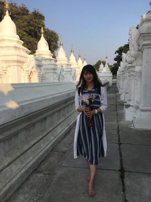 緬甸旅遊。第五天曼德勒。Dee Doke瀑布戲水。世界最偉大的書固都陶佛塔 。金色宮殿僧院。曼德勒山賞落日【Miss飛妮】 @Miss 飛妮