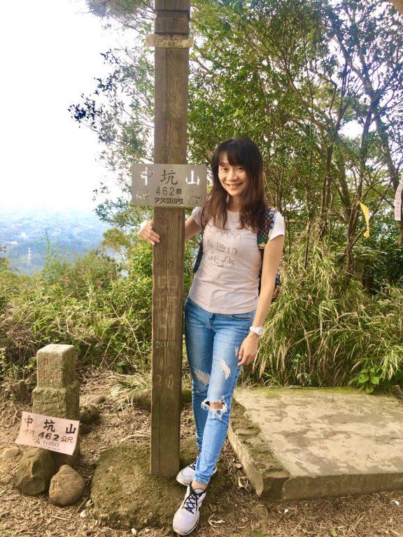 新竹芎林觀景美食。風情萬景咖啡屋。座落於飛鳳山登山步道旁。二月開始八重櫻大爆發[Miss飛妮] @Miss 飛妮