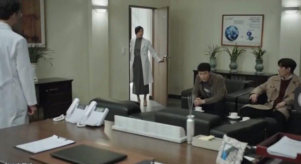 韓劇夫妻的世界(全16集)第5-6集。天使美婦變魔鬼怨婦!男人外遇把女人搞到失格失序失常?![Miss 飛妮] @Miss 飛妮