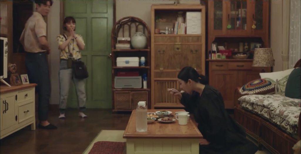 韓劇雖然是神經病但沒關係(全16集)第9-10集。 生死未卜的媽媽出現了!?最會忍的是最愛的,因為愛是恆久忍耐!?思念的滋味現在才明白,因孤單說謊的放羊孩子[Miss飛妮] @Miss 飛妮