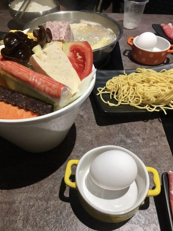 新竹竹北美食。姐妹嗆辣鍋。新竹高鐵附近CP值高平價火鍋店[Miss飛妮] @Miss 飛妮