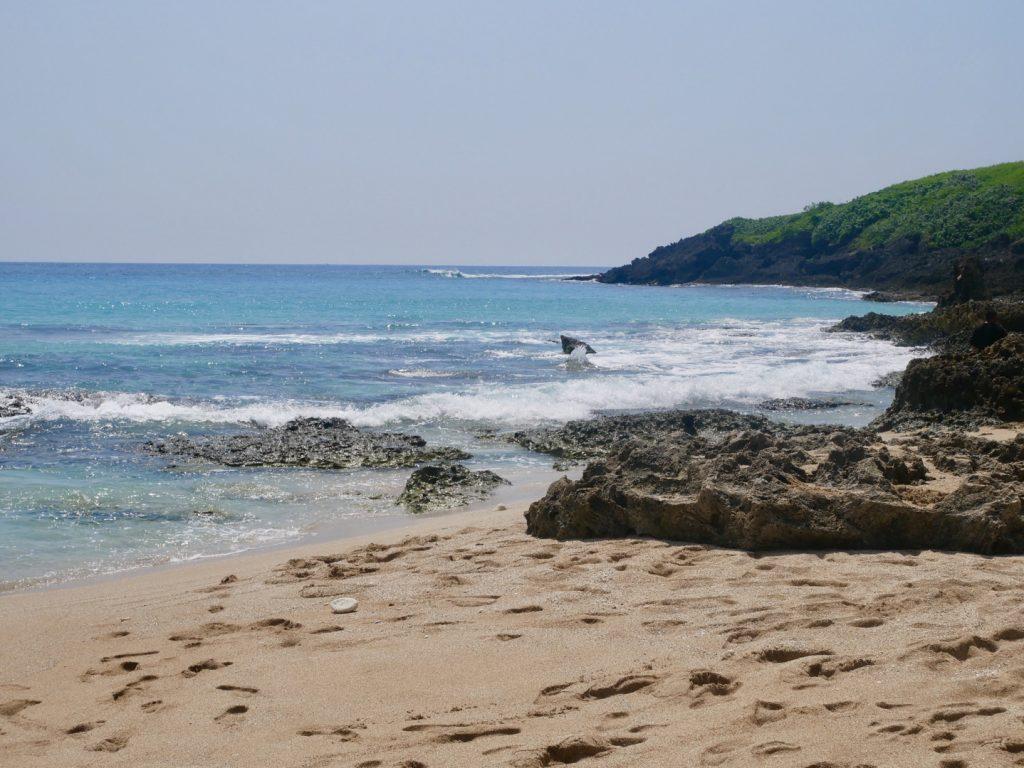 屏東恆春景點。碧海藍天的潔白貝殼海灘~墾丁白沙灣。可以欣賞關山夕照的~小觀山鹹粿[Miss飛妮] @Miss 飛妮