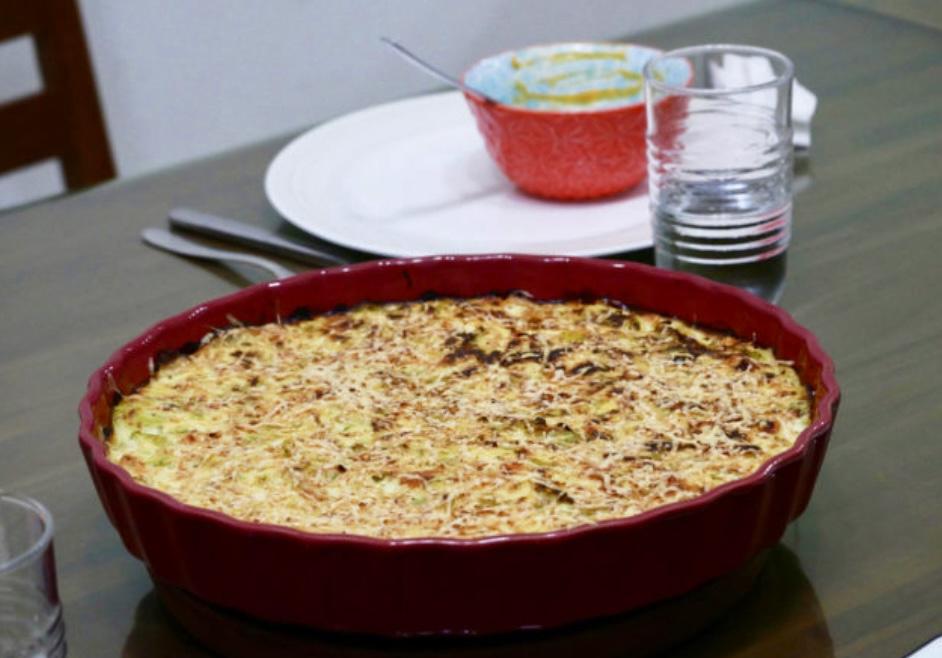 品味生活廚藝研究。拜訪法國布蕾斯特Brest人的家常料理。紅蘿蔔蔬果濃湯、焗烤櫛瓜燻鮭魚、Far Breton布列塔尼的布丁糕簡單食譜。據說可麗餅的故鄉就是布列塔尼[Miss飛妮] @Miss 飛妮