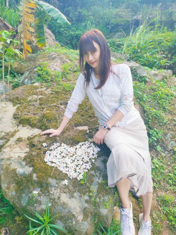 新竹景點。尖石~💛青蛙石天空步道。💛內灣白天賞桐夜看螢火蟲。💛內灣茶堂超值合菜+擂茶、東方美人。玩到累掛的行程[Miss飛妮] @Miss 飛妮