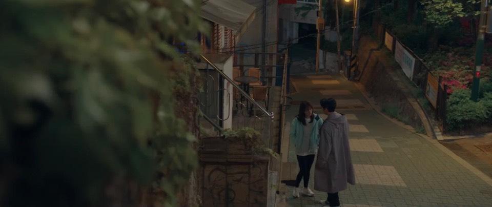 韓劇無法抗拒的他第四集。全世界都反對她跟他交往。但是她每次遇到他嘴就結巴腦袋就空白一片。[Miss飛妮] @Miss 飛妮