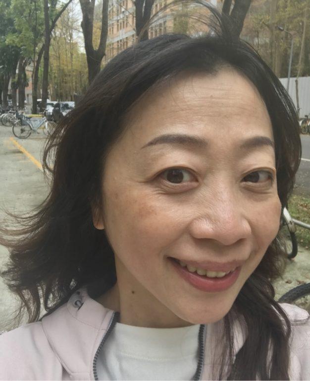 肌膚保養分享。PLink品牌台灣製造。PLink淡斑精華液。PLink潤白乳。台灣代工國外百貨專櫃頂級品牌精緻保養系列。[Miss飛妮] @極光公主飛妮